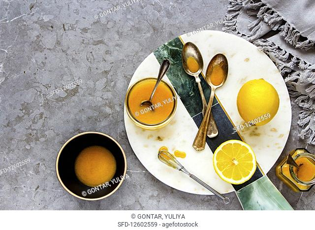 Yummy lemon curd with fresh lemons