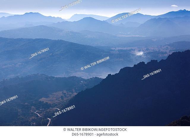 Spain, Andalucia Region, Cadiz Province, Grazalema-Zahara de la Sierra, Sierra Margarita mountain landscape, morning
