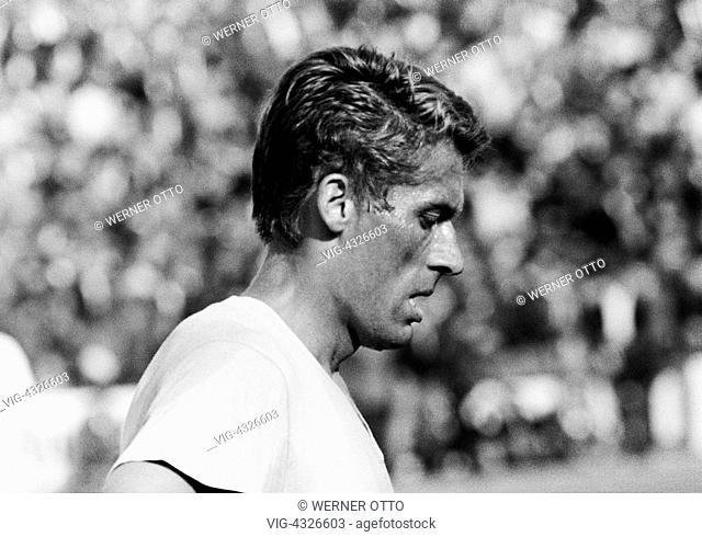 Fussball, Bundesliga, Saison 1966/1967, Stadion an der Hamburger Strasse, Eintracht Braunschweig gegen Borussia Moenchengladbach 2:1, Fussballspieler