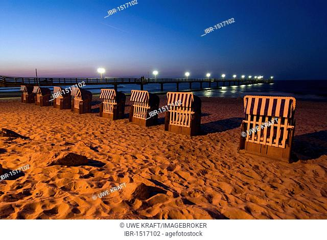 Beach chairs and pier at the Kuehlungsborn Beach, Baltic Sea, Mecklenburg-Western Pomerania, Germany, Europe