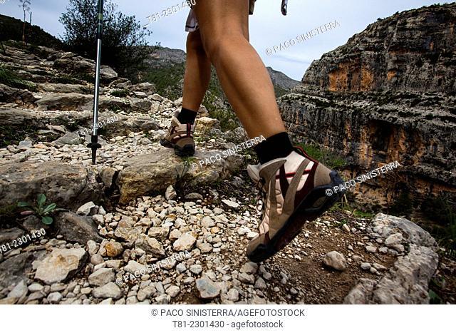 Walking on the precipice of hell, Vall de laguar, Alicante, Valencia