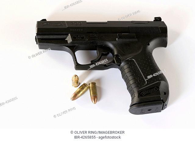 Handgun, automatic Walter P99, pistol ammunition, 9mm Luger, full metal jacket