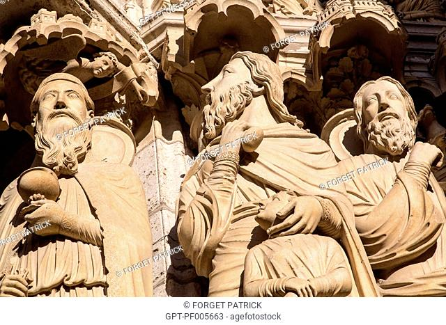 DETAIL DES STATUES ON THE NORTH DOOR, NOTRE-DAME CATHEDRAL, CHARTRES (28), FRANCE
