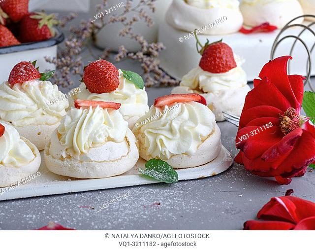 baked cakes of whipped egg whites and cream, close up
