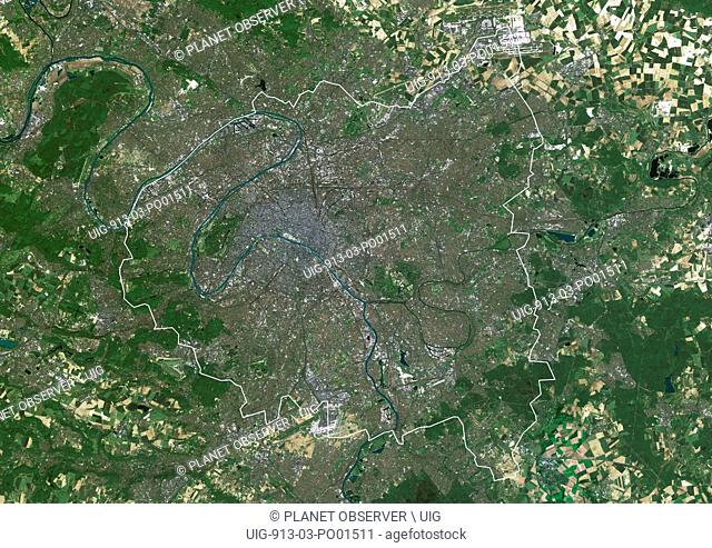 Satellite image (with borders) of Greater Paris area with the city of Paris at center. The territory covered is approx. 60 km x 40 km