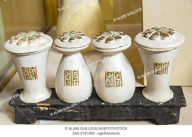 Egypt, Cairo, Egyptian Museum, from the tomb of Yuya and Thuya in Luxor : Dummy vases in limestone, on a wooden base, belonging to Yuya