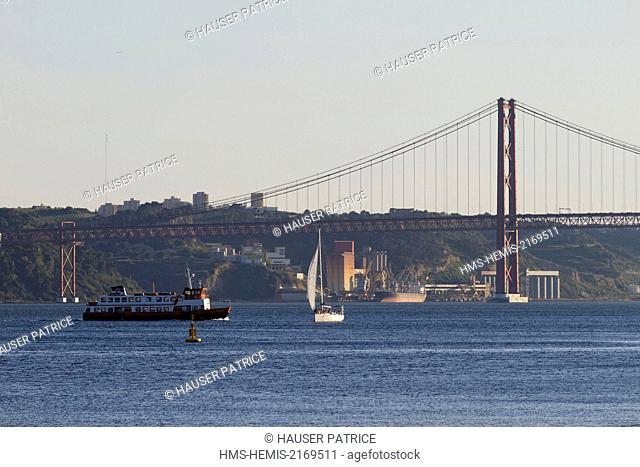 Portugal, Lisbon, the banks of the Tagus