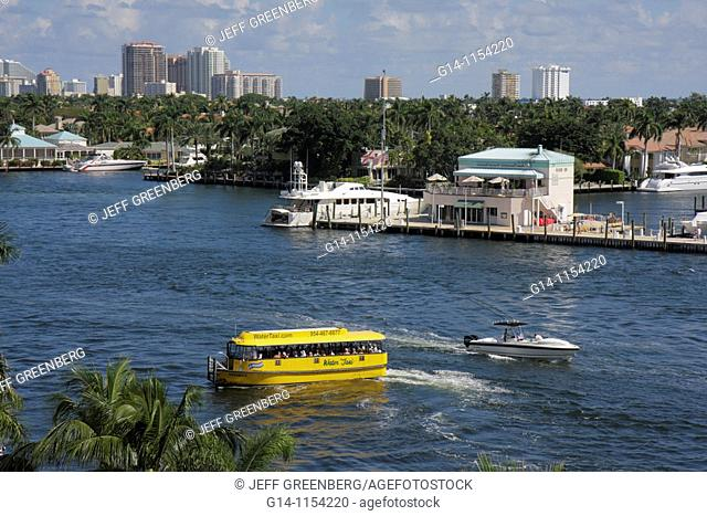Florida, Fort Ft  Lauderdale, 17th Street Causeway Bridge, view, Intracoastal Waterway, Stranahan River, water taxi, boat, boating, waterfront, skyline, marina