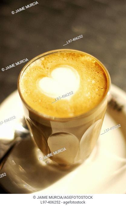 Café latte with heart