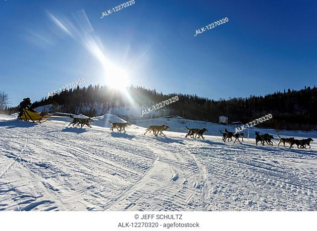 Hans Gatt leaves the Yukon village of Ruby during the Iditarod Sled Dog Race 2014
