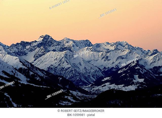 Panoramic view of mountain peaks, at sunset, Allgaeu Alps, Tyrol, Austria, Europe