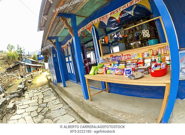 Mountain Footpath Shop, Trek to Annapurna Base Camp, Annapurna Conservation Area, Himalaya, Nepal, Asia