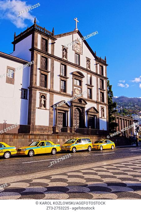 Portugal, Madeira, Funchal, Jesuit College and Church on Praca do Municipio, part of the Madeira and the Catholic Universities.