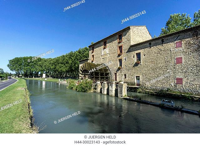France, Alpes-de-Haute-Provence, Luberon, WaterWheel of Sanit Pierre,19th century, Robion river, Les Taillades, Canal Saint Julien, Vaucluse