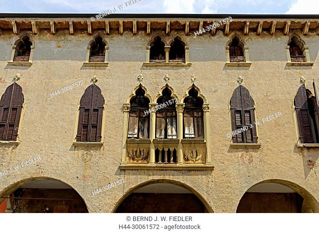 Europe, Italy, Veneto Veneto, Soave, via Giulio Camuzzoni, Palazzo Cavalli, Capitano Perpetuo Tu Soave, in 1411, architecture, window, building, historically