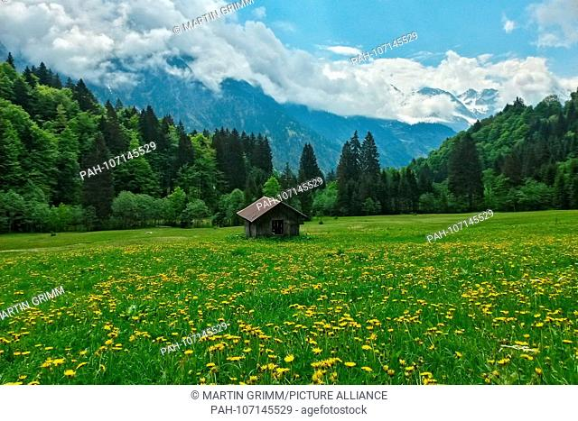 alpine mountain shelter in the Allgäu Alps, Bavaria, Germany | usage worldwide. - Oberstdorf/Bayern/Germany