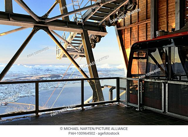 The summit station from the cableway high above Tromsø with a view to the landscape in nothern Norway, 6 March 2017 | usage worldwide