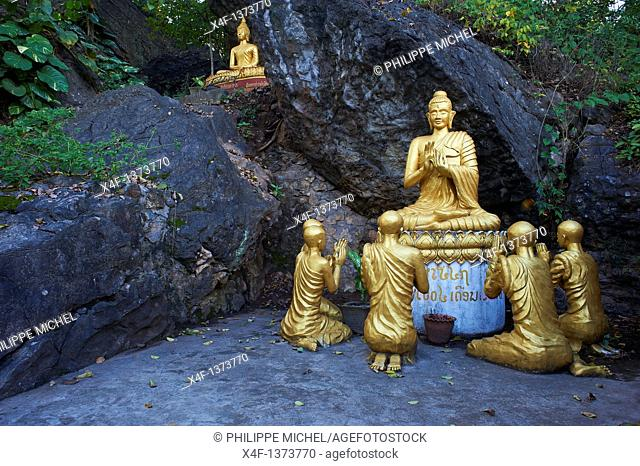 Laos, Province of Luang Prabang, city of Luang Prabang, World heritage of UNESCO since 1995, Phu Si Hill, Statue of Bouddha
