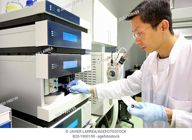 High Performance Liquid Chromatography + Mass Spectrometer  Thermo Fisher Scientific LCQ Fleet UPLC-MS/MS  Nanomaterials laboratory  CIC nanoGUNE
