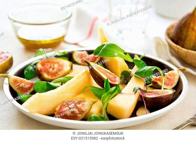 Fig with Cantaloupe and almond salad