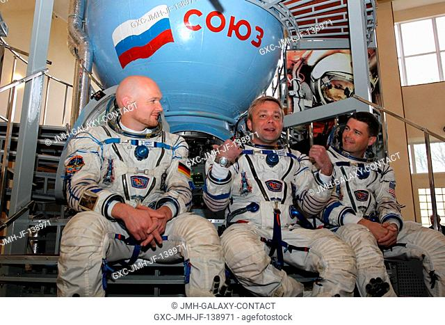 At the Gagarin Cosmonaut Training Center in Star City, Russia, Expedition 4041 Soyuz Commander Maxim Suraev of the Russian Federal Space Agency (Roscosmos)...