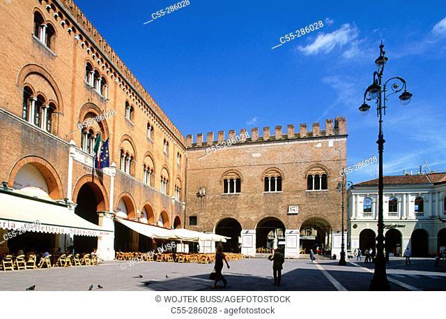 Palazzo dei Trecento in Piazza dei Signori. Treviso. Veneto, Italy