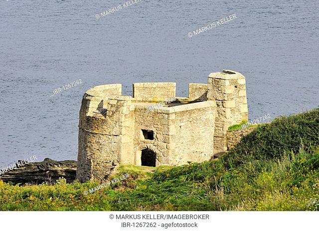 Castle ruins on Pendennis Head at Falmouth, Cornwall, England, UK, Europe