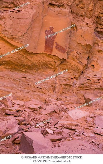 Moki Queen Pictograph, Glen Canyon National Recreation Area, Utah, USA