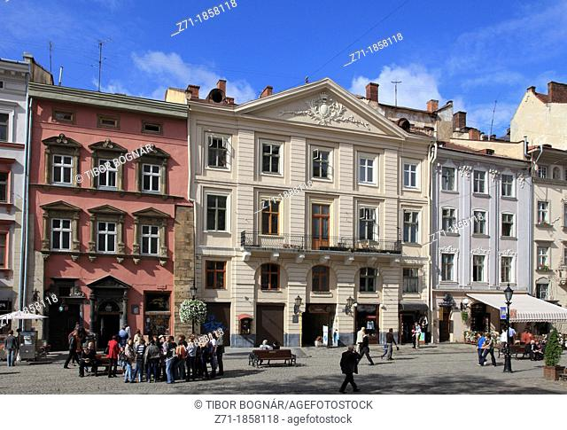 Ukraine, Lviv, Rynok Square, people
