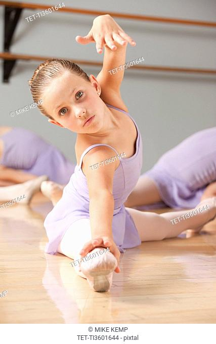 Portrait of female ballet dancer 6-7 in dance studio