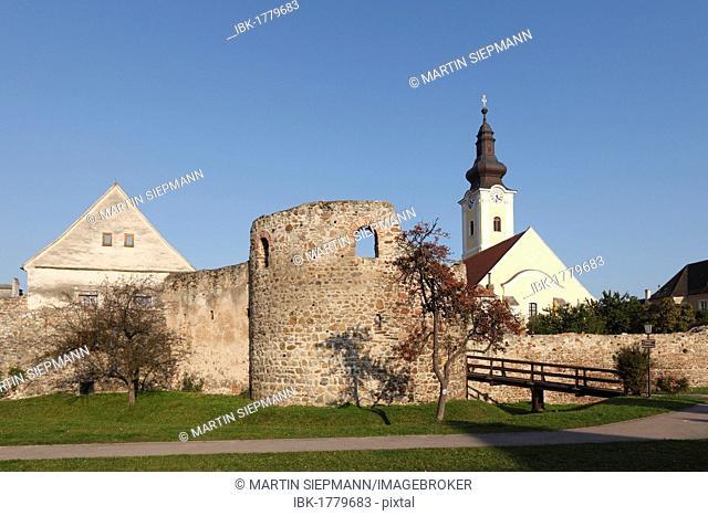 Roman fort, Favianis Roman settlement, Church of St. Stephan, Mautern on the Danube river, Wachau valley, Mostviertel region, Lower Austria, Austria, Europe