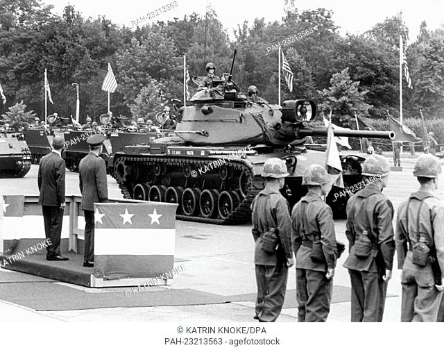 Tanks of the US Army driving past the VIP stand during a parade on occasion of the American Independence Day on 4th July 1972 in Berlin