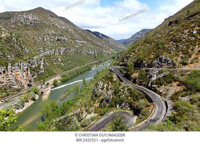 Gorges du Tarn, La Malene, The Causses and the Cévennes, UNESCO World Heritage Site, Grands Causses Regional Natural Park, Aveyron, Languedoc-Roussillon, France
