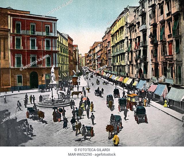 NAPOLI -Napoli, via Roma- (ora via Toledo) veduta fotografica all'altezza di piazza Carità con il monumento a Carlo Poerio