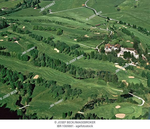 Aerial picture, golf course of the Garmisch Partenkirchen Golf Club near Oberau, Loisachtal Valley, Werdenfelser Land, Werdenfels, Upper Bavaria, Germany