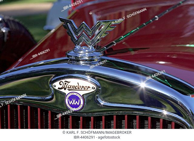 Mascot and emblem of the German car brand Walker, Model W 11 Pullman Landaulet 1929, vintage car, Schloss Dyck Classic Days 2016 Juchen, Niederrhein