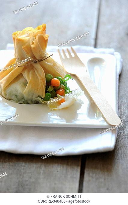 Green pea and carrot pastry