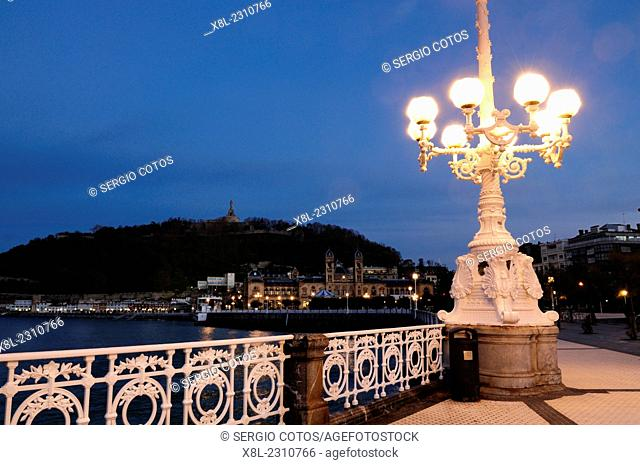 lanterns lit at dawn on Paseo de la concha, san sebastian, Basque Country, guipuzcoa, Spain