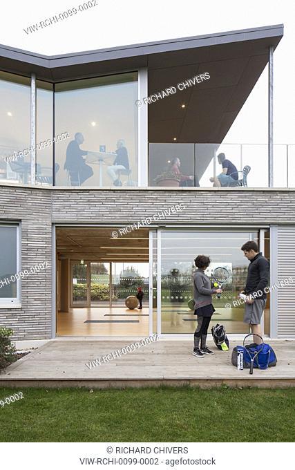 Exterior detail view of East facade. Canoe Lake Leisure Tennis Pavilion, Southsea, United Kingdom. Architect: PAD Studio, 2017