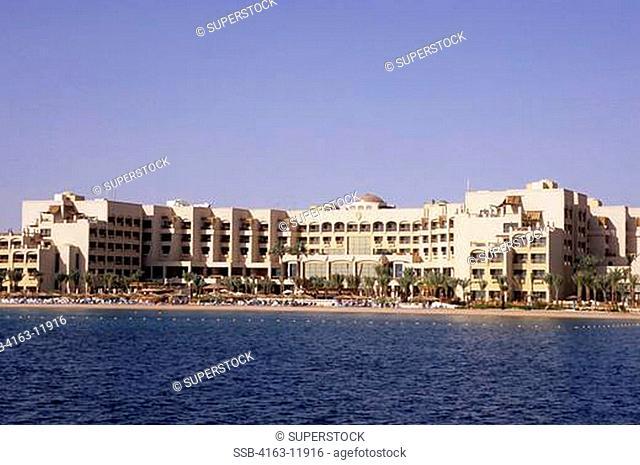 JORDAN, AQABA, RED SEA, VIEW OF INTERCONTINENTAL HOTEL