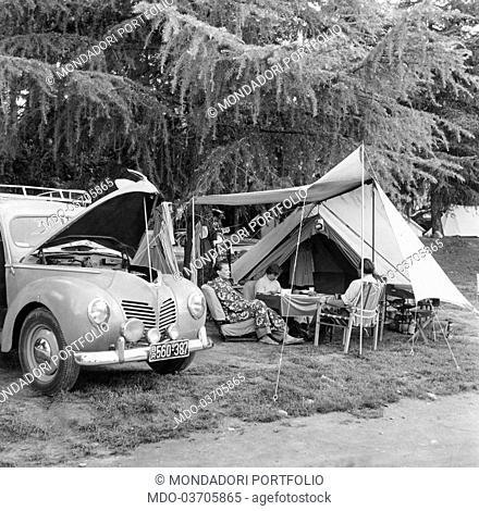 Tourists relaxing at the camping. Stresa, 1950s