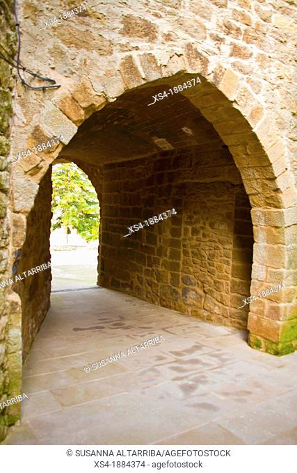 Dark street of Su  Popular style, thirteenth century   Small medieval street, covered with a vault  It has two arches, one input street semicircular segments...