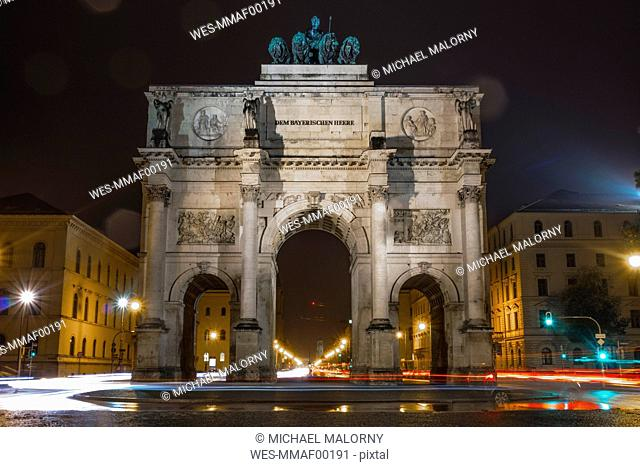 Germany, Bavaria, Munich, North facade of Victory Gate at night