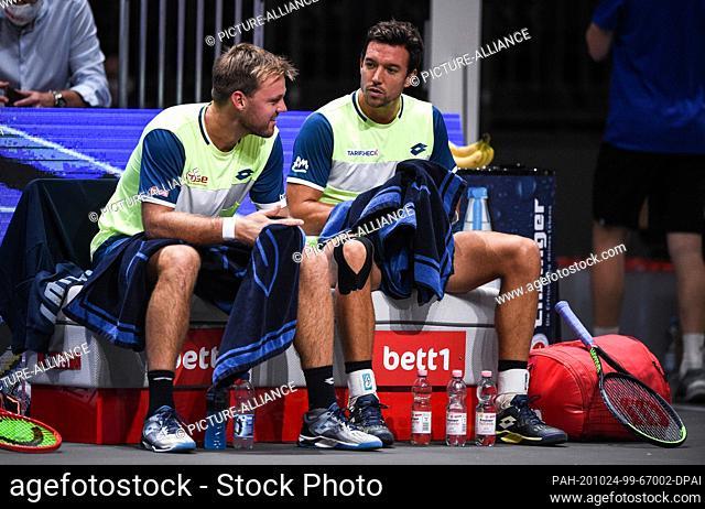 24 October 2020, North Rhine-Westphalia, Cologne: Tennis: ATP Tour - Cologne Championships (ATP), doubles, men, semi-finals