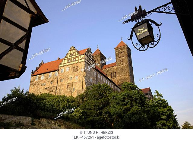 Castle and Collegiate Church of St Servatius on Schlossberg, Quedlinburg, Harz, Saxony-Anhalt, Germany, Europe