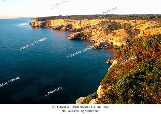 Cliffs, Santanyí coast. Majorca, Balearic Islands. Spain