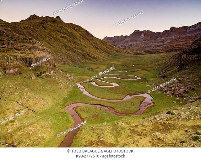 Aragon Subordan river, Aguas Tuertas, Guarrinza, Municipality of Anso, Valley of Hecho, western valleys, Pyrenean mountain range, province of Huesca, Aragon