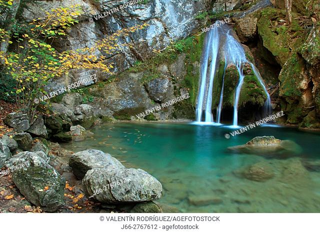 Waterfall of Belabarce near of Isaba. Roncal valley. Navarra