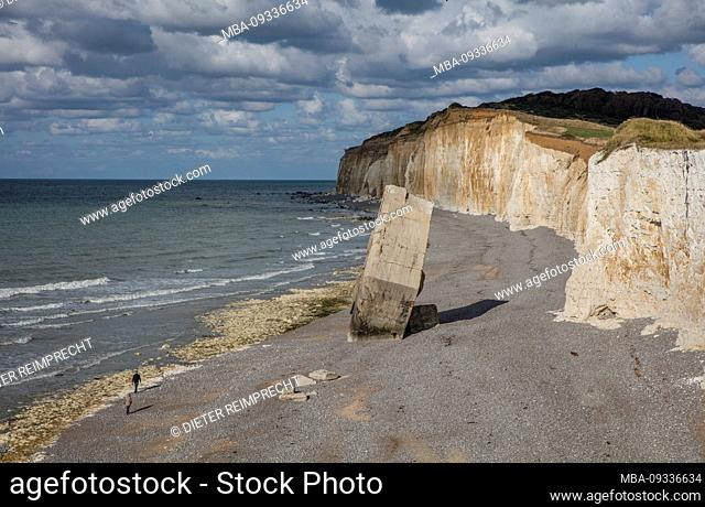 Normandy, alabaster coast, beach, German bunker, dumped, ruin, Atlantic wall
