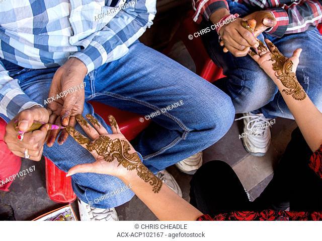 Henna application, Jaipur, Rajastan, India
